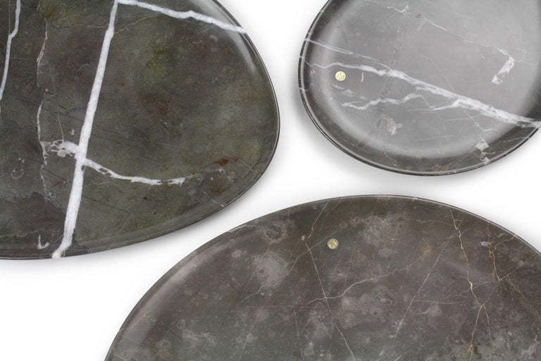 Italian Set of Plates Handmade in Imperial Grey Marble Design by Pieruga Marble Italy For Sale