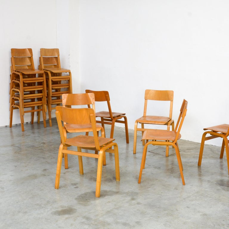Set of Plywood Dining Chairs of the 1960s For Sale 9