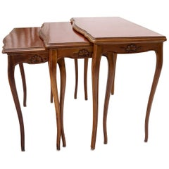 Set of Rouge Tooled Leather Top Carved Walnut Cabriole Leg Set of Nesting Tables