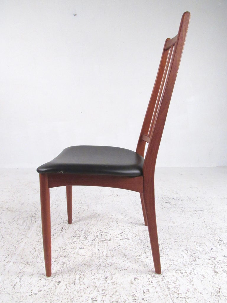Set of Scandinavian Modern Teak Dining Chairs In Fair Condition For Sale In Brooklyn, NY