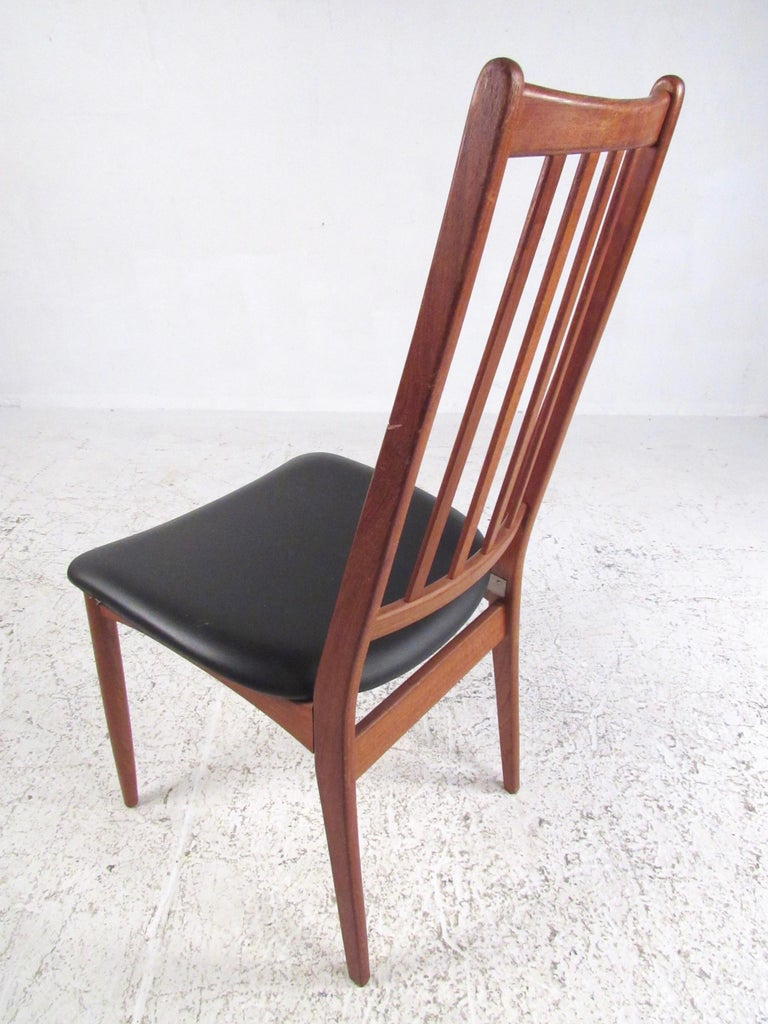 Mid-20th Century Set of Scandinavian Modern Teak Dining Chairs For Sale