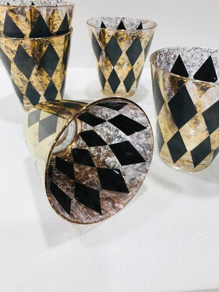 Set of Seven Hollywood Regency Barware Rock Glasses in Gold and Black, 1960s For Sale 3