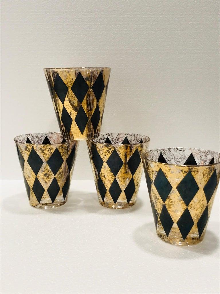 Set of Seven Hollywood Regency Barware Rock Glasses in Gold and Black, 1960s For Sale 4