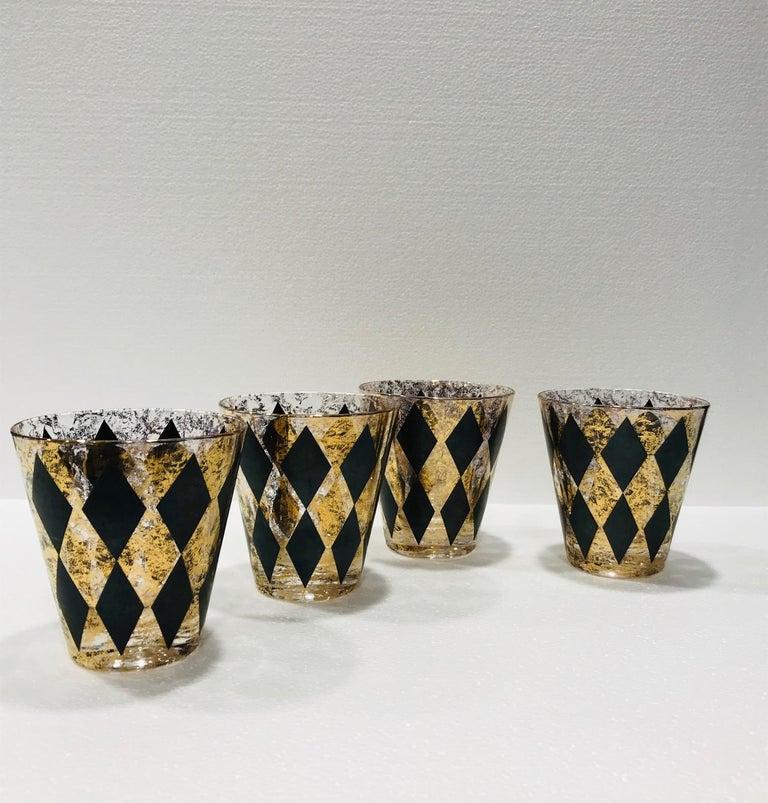 Set of Seven Hollywood Regency Barware Rock Glasses in Gold and Black, 1960s For Sale 6