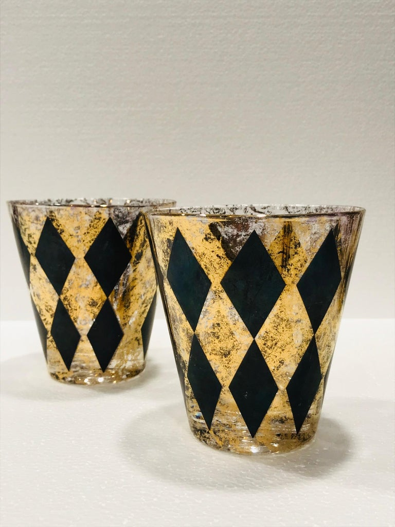 Set of Seven Hollywood Regency Barware Rock Glasses in Gold and Black, 1960s For Sale 1