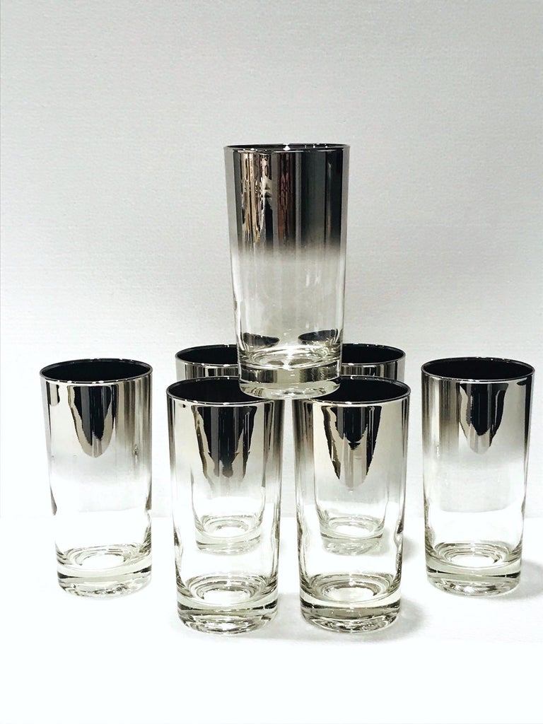 Set of Seven Mid-Century Modern Barware Glasses with Silver Overlay, 1960s For Sale 3