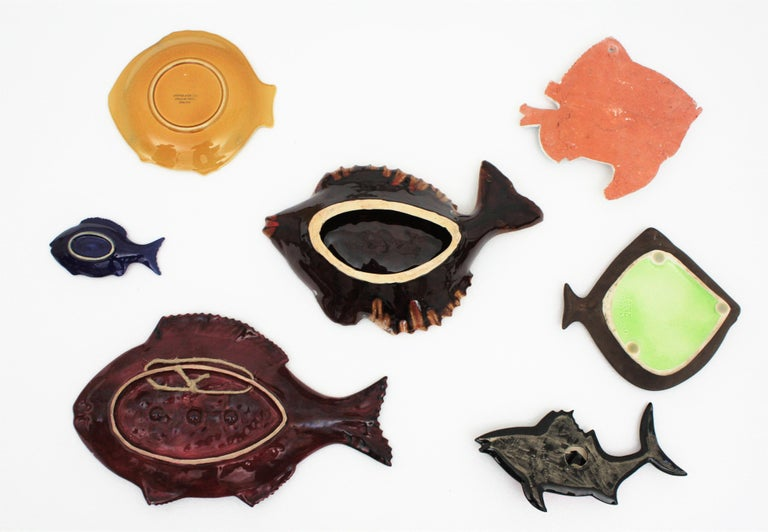 Set of Seven Mid-Century Modern Glazed Ceramic Fishes Wall Decoration For Sale 6