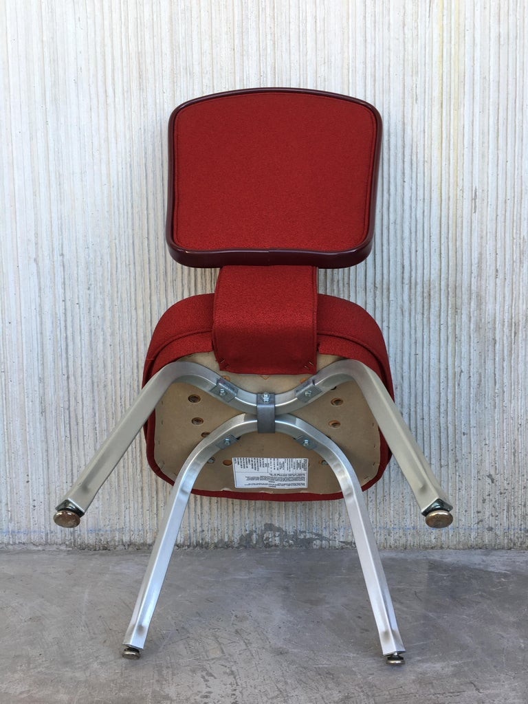 Set of Seventeen Conference or Dining Chairs in Steel and Red Wool For Sale 3