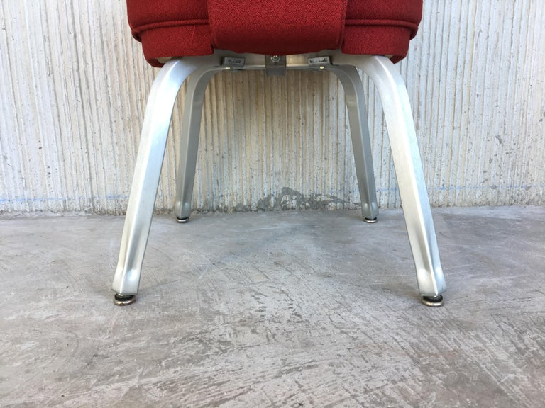 Set of Seventeen Conference or Dining Chairs in Steel and Red Wool For Sale 4