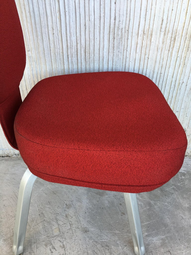 Set of Seventeen Conference or Dining Chairs in Steel and Red Wool For Sale 5