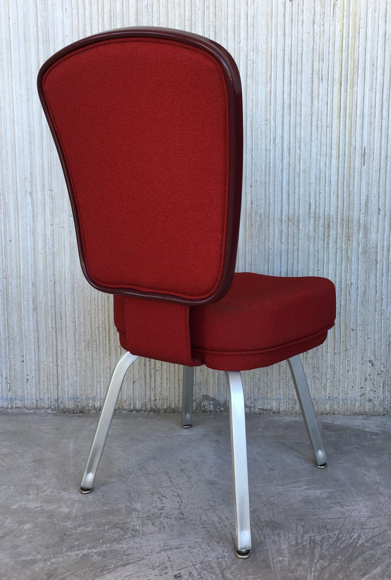 Contemporary Set of Seventeen Conference or Dining Chairs in Steel and Red Wool For Sale