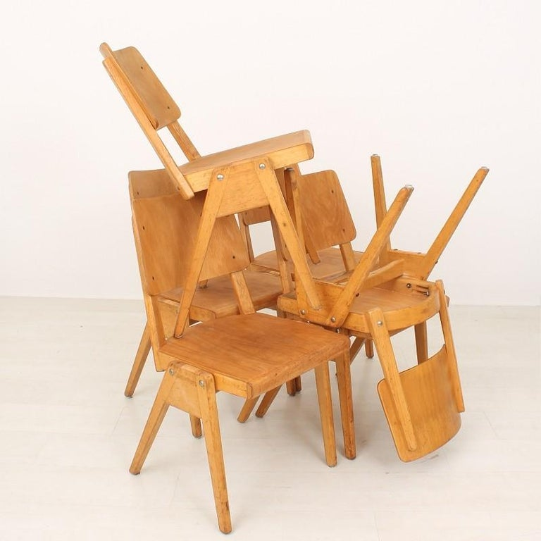 Mid-Century Modern Set of Six 1950s Vintage Stacking Chairs For Sale