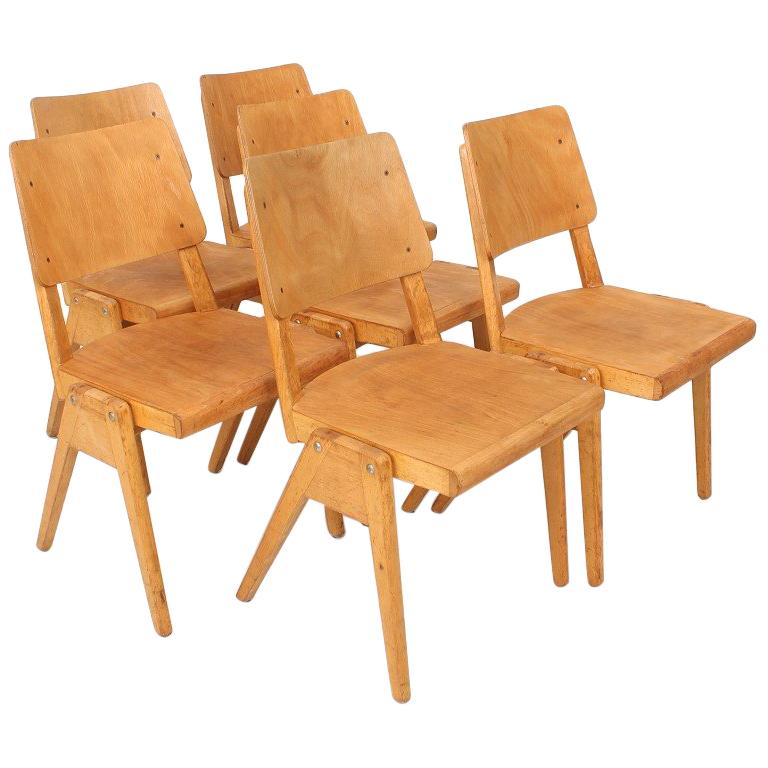 Set of Six 1950s Vintage Stacking Chairs For Sale