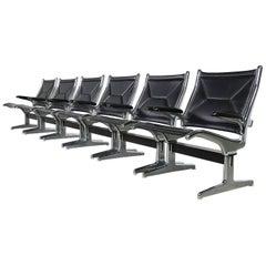 Sechs Charles Eames Airport Stühle für Herman Miller, Schwarz & Chrom, 1960er