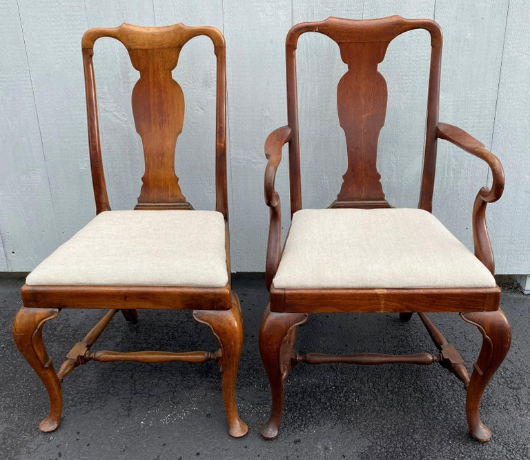 English Set of Six 19th-20th Century Queen Anne Style Mahogany Dining Chairs For Sale
