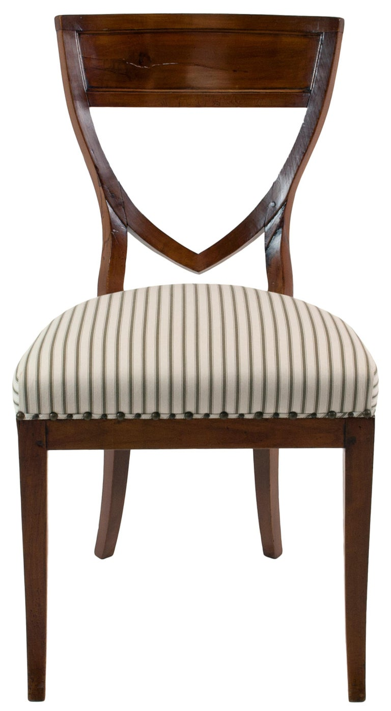 Set of Six 19th Century Biedermeier Mahogany Chairs In Good Condition For Sale In Chicago, IL
