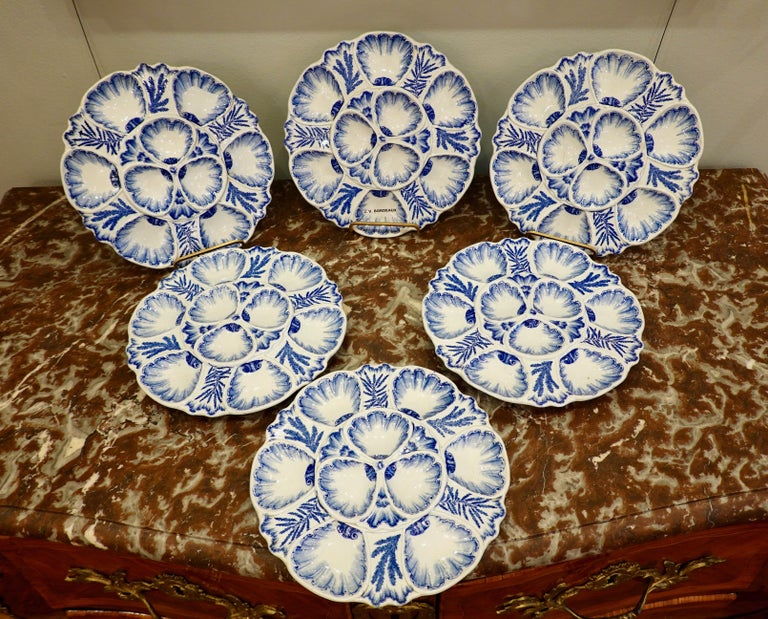 Napoleon III Set of Six 19th Century French Blue and White Oyster Plates from Bordeaux For Sale