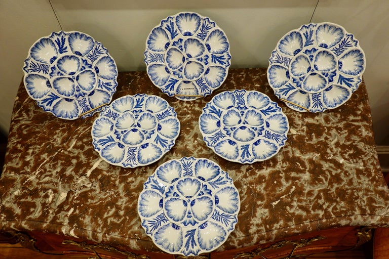 Glazed Set of Six 19th Century French Blue and White Oyster Plates from Bordeaux For Sale