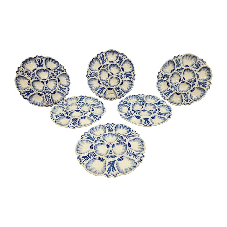 Set of Six 19th Century French Blue and White Oyster Plates from Bordeaux For Sale