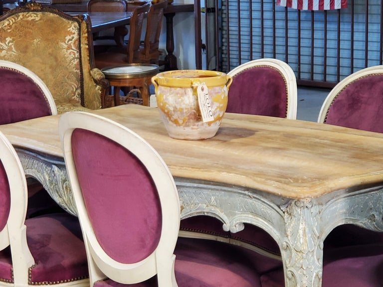 Set of Six Antique French Louis XVI Style Painted Side Chairs with Medallion Bac For Sale 13