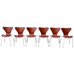 Set of Six Arne Jacobsen Series 7 Chairs for Fritz Hansen