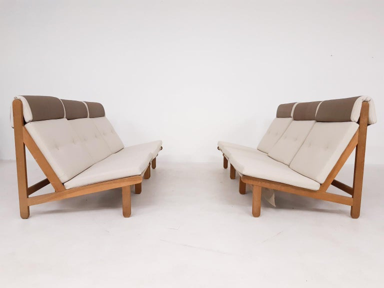 Large set of oak lounge chairs and one ottoman by Bernt Petersen for Schiang Furniture. Made and designed in Denmark in 1965.  Not often we find a set of midcentury Danish design lounge chairs in this quantity. The
