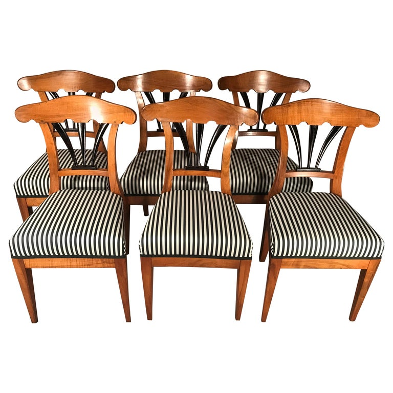 Set of Six Biedermeier Chairs, 1825, Walnut For Sale
