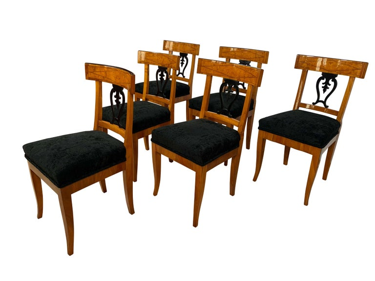 Beautiful set of six original, neoclassical early Biedermeier chairs from Thuringia, Germany, circa 1820.