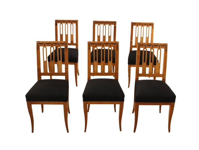 19th Century Set of Six Biedermeier Dining Chairs, Garland Inlays, South Germany, circa 1820 For Sale