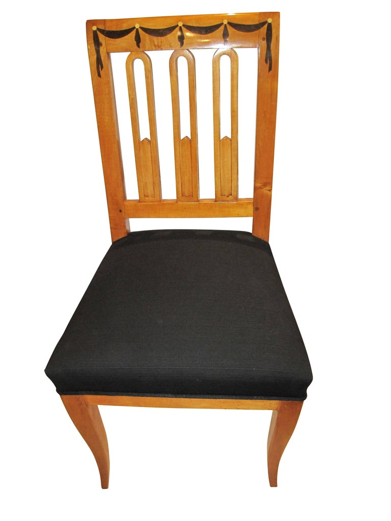 Set of Six Biedermeier Dining Chairs, Garland Inlays, South Germany, circa 1820 For Sale 2