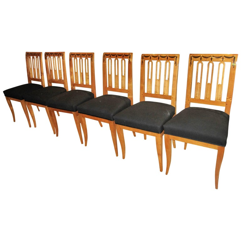 Fabric Set of Six Biedermeier Dining Chairs, Garland Inlays, South Germany, circa 1820 For Sale