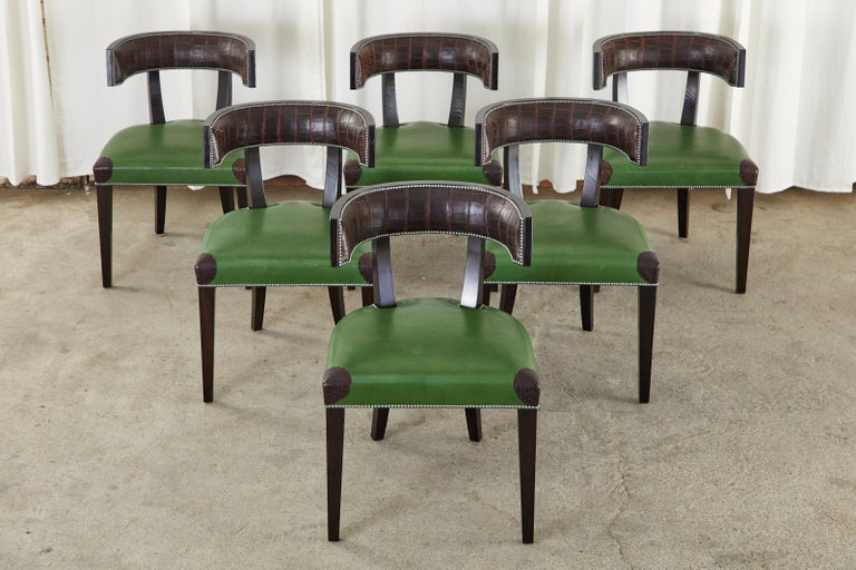 Set of Six Billy Haines Attributed Hollywood Regency Dining Chairs In Good Condition For Sale In Rio Vista, CA