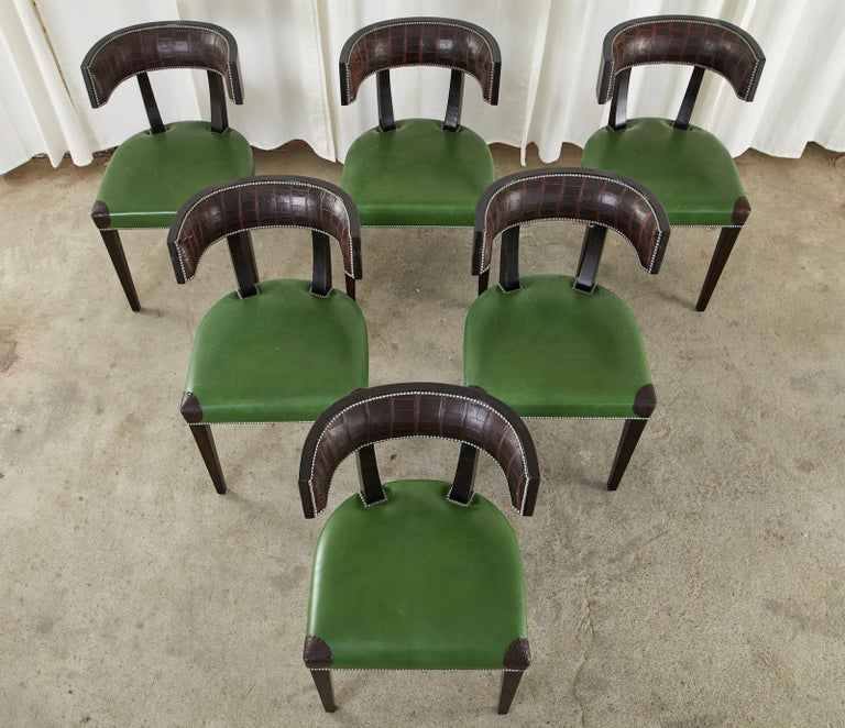 20th Century Set of Six Billy Haines Attributed Hollywood Regency Dining Chairs For Sale