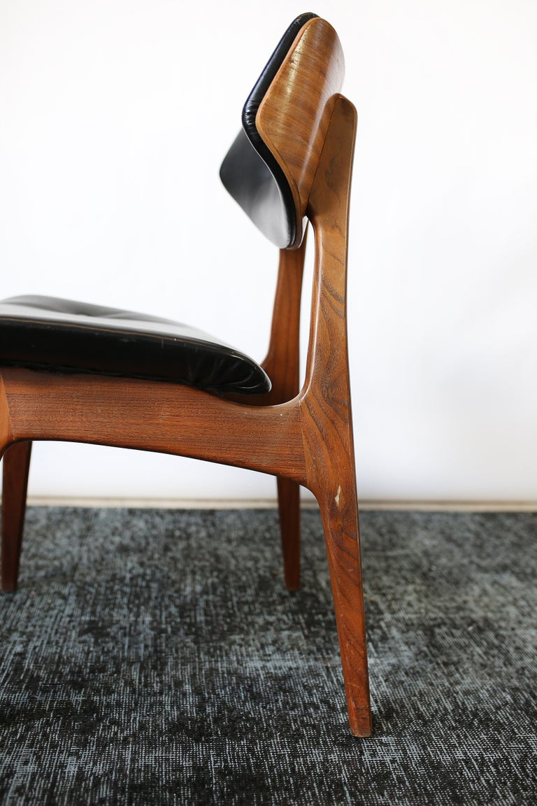 Set of Six Danish Modern Teak and Black Leather Dining Chairs, circa 1960s For Sale 6