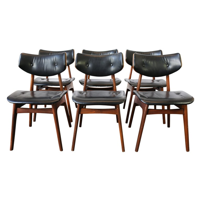 Set of Six Danish Modern Teak and Black Leather Dining Chairs, circa 1960s For Sale