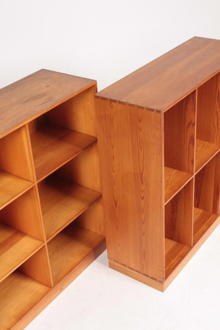 Set of Six Bookcases in Pine by Mogens Koch, Danish Design, Midcentury, 1950s For Sale 6