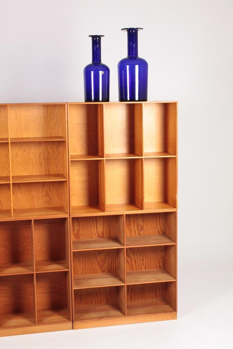 Mid-20th Century Set of Six Bookcases in Pine by Mogens Koch, Danish Design, Midcentury, 1950s For Sale