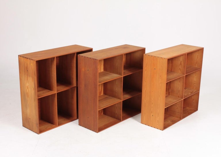 Set of Six Bookcases in Pine by Mogens Koch, Danish Design, Midcentury, 1950s For Sale 1