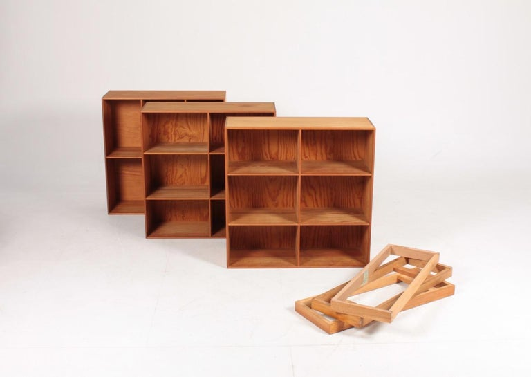 Set of Six Bookcases in Pine by Mogens Koch, Danish Design, Midcentury, 1950s For Sale 2