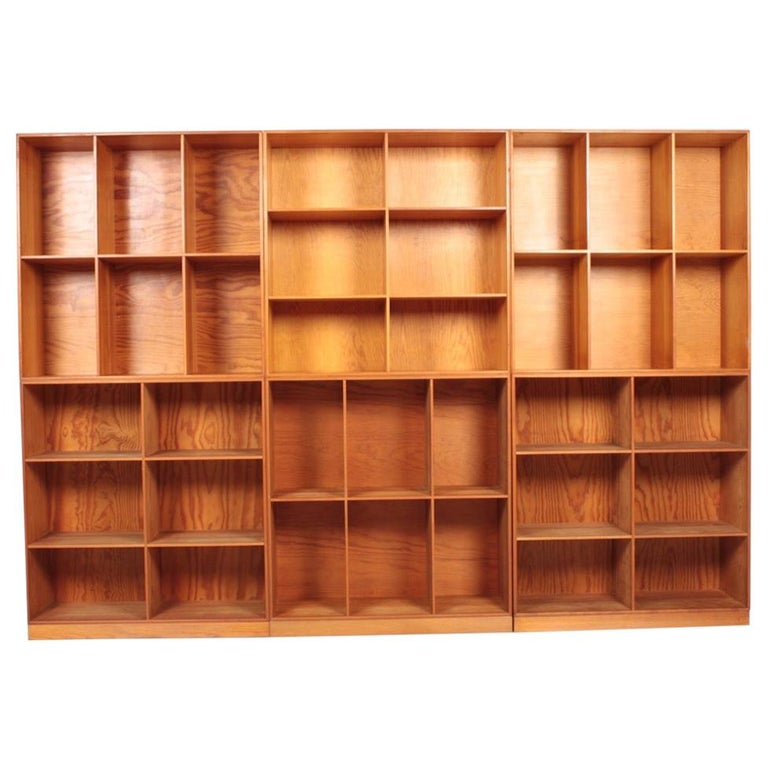 Set of Six Bookcases in Pine by Mogens Koch, Danish Design, Midcentury, 1950s For Sale