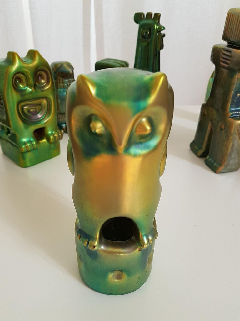 Set of Six Ceramic Green Eosin Figures by Zsolnay, with 1960s Stamps For Sale 7
