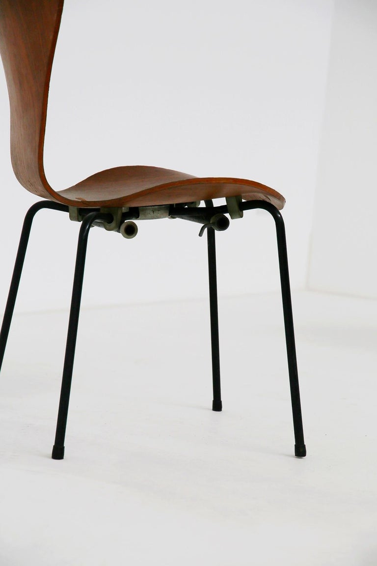 Set of Six Chairs by Arne Jacobsen M. Butterfly for the Brazilian Airline, 1950s For Sale 3