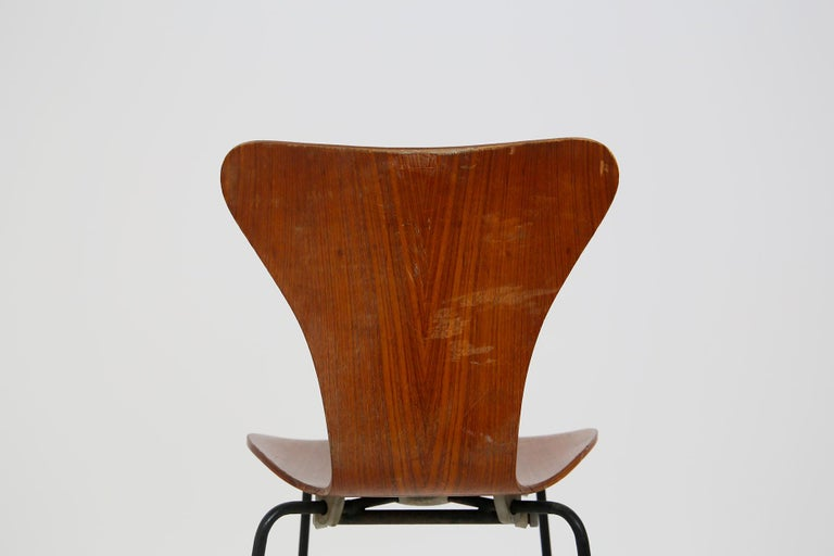 Danish Set of Six Chairs by Arne Jacobsen M. Butterfly for the Brazilian Airline, 1950s For Sale