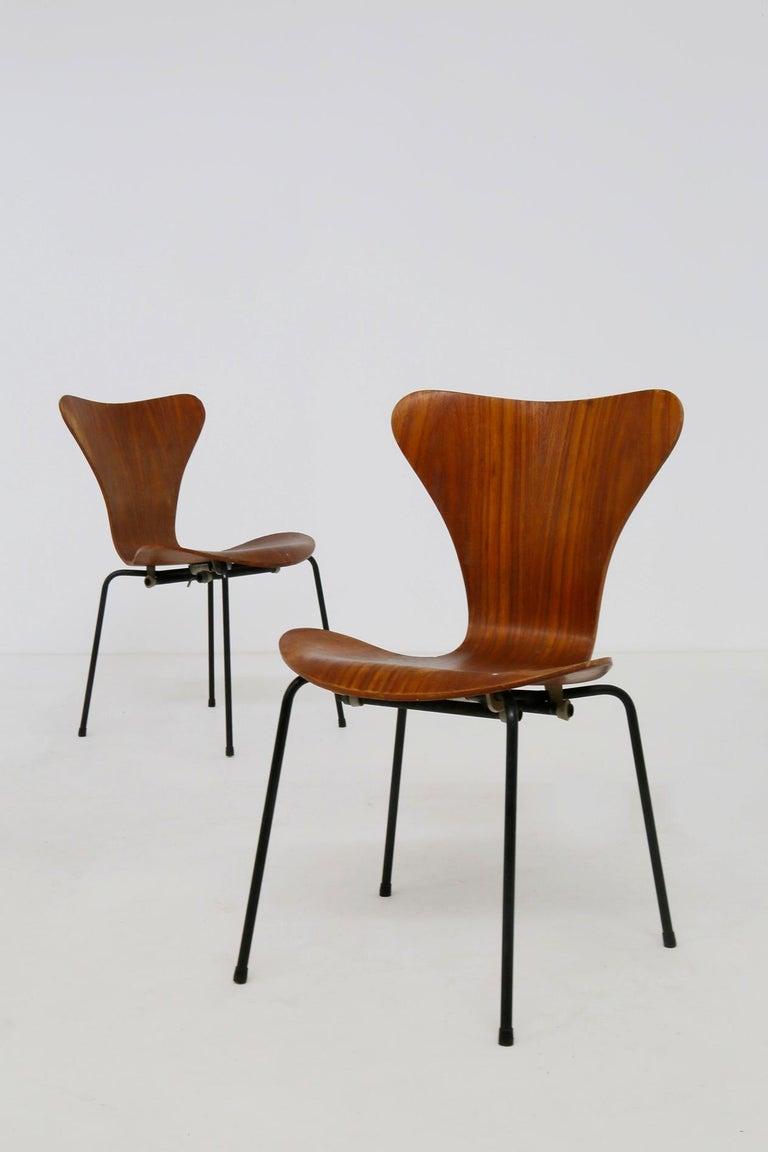 Set of Six Chairs by Arne Jacobsen M. Butterfly for the Brazilian Airline, 1950s For Sale 2