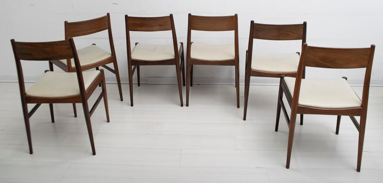 Mid-Century Modern Set of Six Chairs by Gianfranco Frattini Teak Vintage, Italy, 1960s For Sale