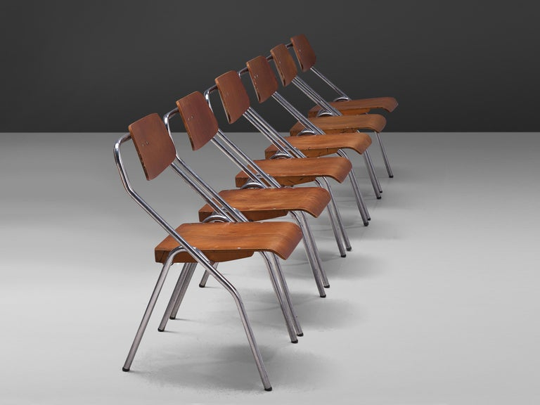 Set of Six Chairs with Tubular Frame In Good Condition For Sale In Waalwijk, NL