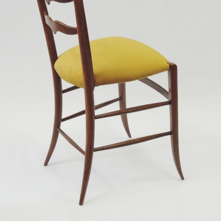 Mid-20th Century Set of Six Chiavari Dining Chairs in Wood and Yellow Velvet Seat, Italy, 1950s For Sale