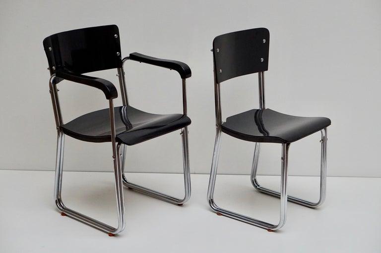 Set of Six Chic Ebonized Modernist Chroom Bauhaus Chairs For Sale 1