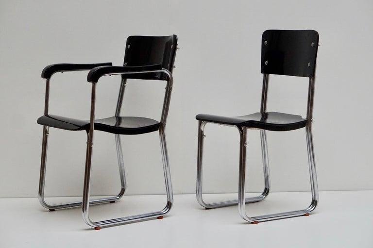 Set of Six Chic Ebonized Modernist Chroom Bauhaus Chairs For Sale 2