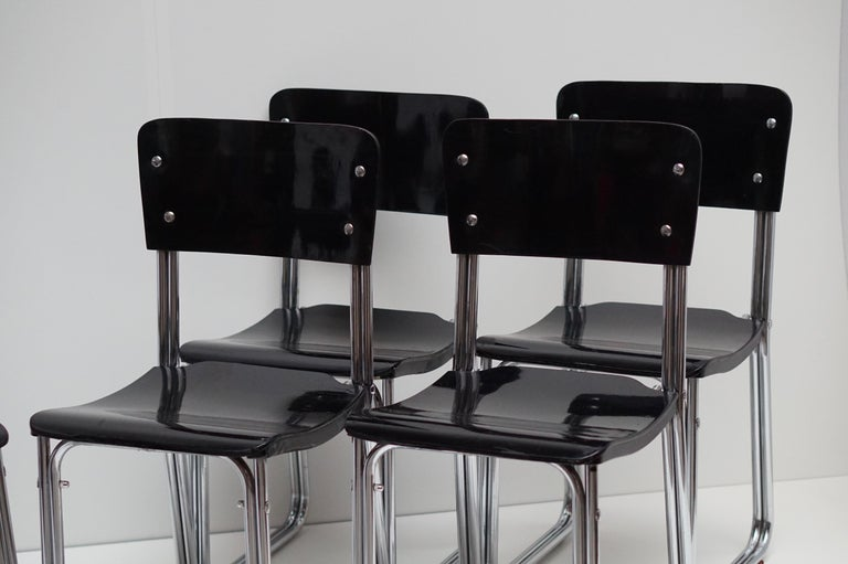 Set of Six Chic Ebonized Modernist Chroom Bauhaus Chairs For Sale 3